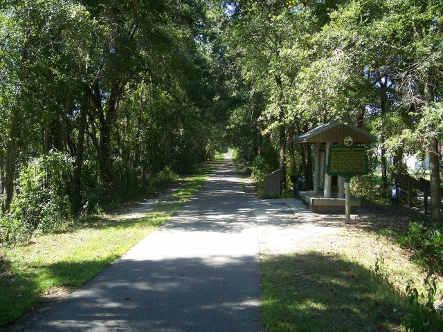 Gainesville-Hawthorne_Trail_east_end02